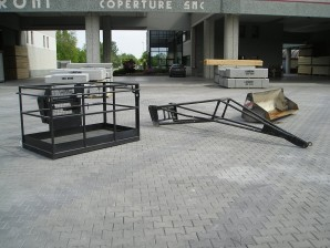 Cesta portapersone - Dimensioni 1,20 mt x 2,00 mt portata 365 kg ( 3 persone )